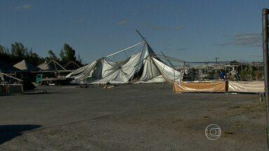 Funcionamento da Feira do Mineirinho é cancelado neste fim de semana - Mais da metada das barracas foram destruídas pelo vento forte da última quarta-feira.