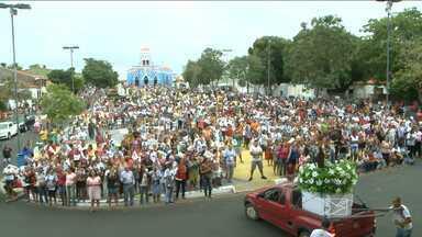 Festejo a São José de Ribamar tem início nessa sexta-feira - Centenas de devotos se reuniram hoje (5) para participar da abertura do festejo ao santo padroeiro da cidade maranhense de São José de Ribamar.
