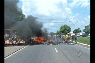 Morte de jovem de 19 anos mobilizou uma comunidade em Benevides - No domingo (7), os moradores foram para as ruas protestar.