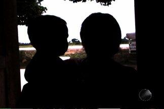 Seis pessoas são mortas durante chacina em Porto Seguro - Outras quatro pessoas ficaram feridas. Homens encapuzados chegaram atirando em vítimas que estavam em uma festa.