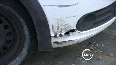 Acidente com agente de trânsito bêbado deixa um morto em São José dos Campos - Fiscal embriagado dirigia carro da prefeitura em horário de trabalho. Uma mulher também ficou ferida; caso foi na tarde deste domingo (7).
