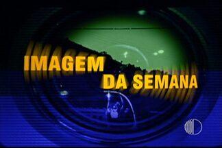 Imagem da semana tem falta duvidosa marcada no jogo entre Mogi e Paulistano - Arbitragem foi criticada pelo treinador Paco García, na partida válida pelo Campeonato Paulista