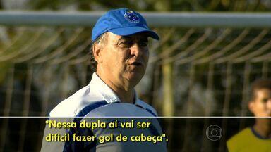 Cruzeiro enfrenta o São Paulo no duelo entre líder e vice-líder do Brasileiro - Time mineiro pode abrir vantagem de 10 pontos em cima do segundo colocado se vencer os paulistas neste domingo