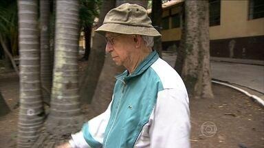 Profissão de cuidadores de idosos está em alta no país - Pesquisa mostra que 25% dos idosos no país precisa de um cuidador. Vários cursos preparam o profissional para o mercado que cresce a cada dia.