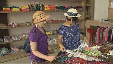"""Moda """"primavera, verão"""" já invade lojas em Jacutinga - Moda """"primavera, verão"""" já invade lojas em Jacutinga"""