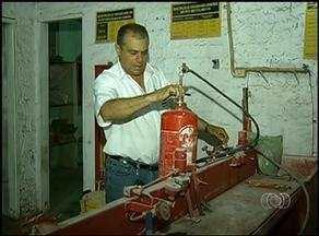Saiba quais são as regras para o uso de extintor em estabelecimentos comerciais - Saiba quais são as regras para o uso de extintor em estabelecimentos comerciais