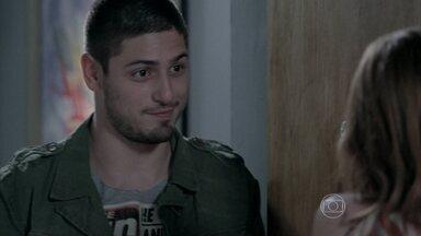 João Lucas faz convite inesperado a Maria Isis - Ninfeta fica passada com a ideia do filho de Zé Alfredo