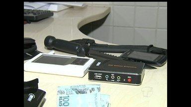 Suspeito de furtar R$15 mil de casa é preso em Santarém, PA - Com ele, polícia encontrou R$ 6 mil do dinheiro furtado e vários eletroeletrônicos.