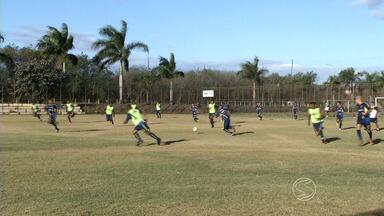 Resende e Voltaço se preparam para manter invicibilidade na Copa Rio - Times entram em campo nesta quarta-feira; adversários são Friburguense e Nova Iguaçu, respectivamente.