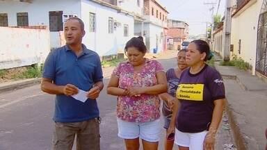 Moradores da zona Centro-Oeste de Manaus relatam não receber conta de energia - De acordo com presidente do bairro, Edson Reis, mais de 500 famílias estão sem receber as contas de energia.