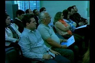 Primeiro encontro de Perícias da Fronteira foi realizado em Santana do Livramento, RS - Melhorar a segurança nas regiões fronteiriças. Este foi o objetivo do encontro que contou com a presença de autoridades gaúchas, uruguaias e argentinas.