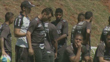 Ponte Preta pode chegar à liderança da Série B neste fim de semana - Para chegar ao topo da tabela, Macaca precisa bater o Ceará em Campinas e torcer por um empate na partida entre Vasco e Joinville.