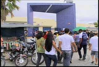 GRTV acompanhou votações em Petrolina e Salgueiro - Em Salgueiro, os eleitores foram identificados pela digital.