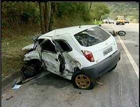 Uma pessoa morre em acidente na BR-101 em Macaé, RJ - Uma pessoa morre em acidente na BR-101 em Macaé, RJ.