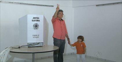 Ricardo Coutinho votou em João Pessoa - O candidato à reeleição ao Governo da Paraíba pelo PSB votou na Fundação Casa de José Américo.