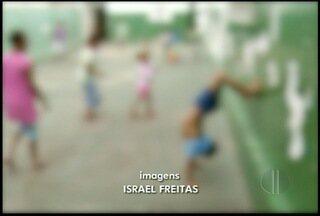 Campos, RJ, tem 176 crianças em casas de acolhimento e pais podem ser autuados - Centros de acolhimento recebem 28 denúncias de negligência.