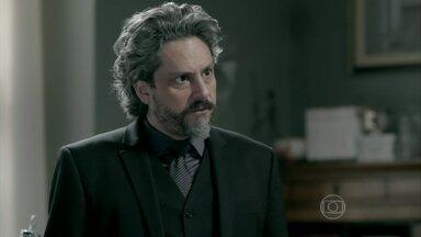 Zé diz que vai buscar Enrico à força para o casamento - Cláudio abre o jogo e diz que filho desistiu de casar