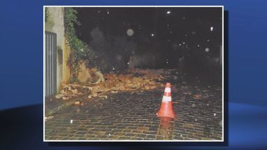 Chuva causa estragos em cidades da região - Chuva causa estragos em cidades da região