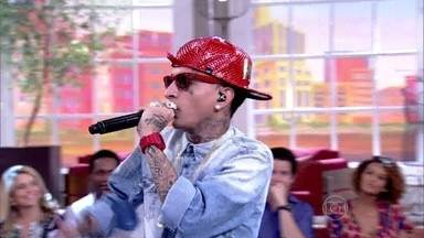 MC Guimê canta rap no Encontro - Cantor agita convidados