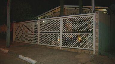 Família é feita refém por um grupo de adolescentes em Campinas - A Polícia Militar foi avisada e um dos suspeitos, de 15 anos, acabou morto.