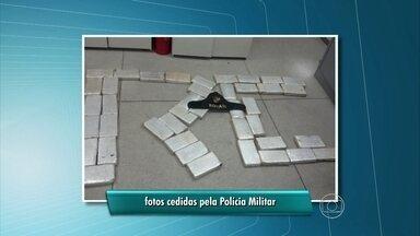 Polícia apreende 27 kg de maconha em Jaboatão dos Guararapes - Tabletes da droga foram encontrados com três homens em um carro de mão.