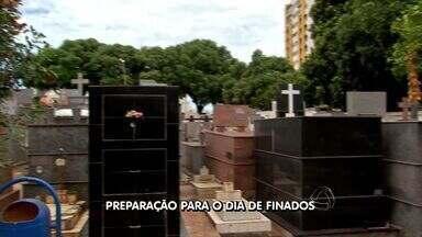 Trinta e cinco mil visitantes são esperados nos cemitérios da Grande Cuiabá - Trinta e cinco mil visitantes são esperados nos cemitérios da Grande Cuiabá.