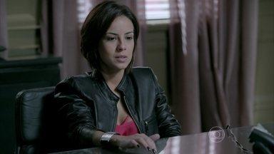 Maria Clara e irmãos fazem aliança contra Cristina - Os três pensam em aceitar a proposta de Maria Marta