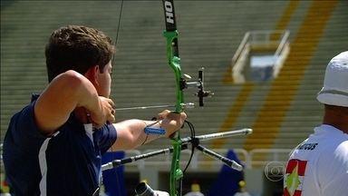 Promessa de medalhas em 2016, Marcos Vinícios leva ouro no Brasileiro de tiro com arco - Com apenas dezesseis anos, jovem supera atletas experientes e dá show na passarela do samba.
