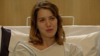 Capítulo de 06/11/2014 - Laura não quer mais se casar com Marcos, e ele pede que Caíque seja afastado do hospital
