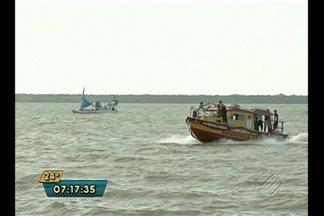 Equipe de bombeiros continua buscas por desaparecidos em naufrágio nos arredores de Belém - Duas pessoas morreram em naufrágio próximo à ilha de Cotijuba. Corpo de criança foi encontrado na madrugada desta terça-feira (18).