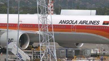 Após pouso de emergência, avião angolano consegue decolar do Recife - Outro avião enviado pela companhia levou os passageiros a Luanda.