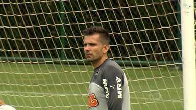 Santo: Victor é esperança do Galo para segurar o ataque do Cruzeiro - Herói da Libertadotrs, Victor espera repetir 2013