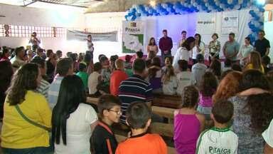 """Estudante de Pitanga vence etapa estadual do """"Televisando o Futuro"""" - Ela é de Pitanga e venceu na etapa Cartunista Mirim. O projeto da RPCTV incentiva crianças de escolas públicas a refletirem sobre temas sociais."""
