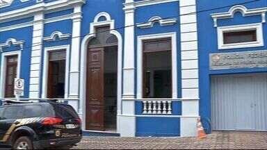 Operação da Polícia Federal prende três pessoas em Mato Grosso do Sul - Ao todo, são 16 mandados de prisão e outros 15 de busca e apreensão em Minas Gerais, São Paulo, Goiás e Mato Grosso do Sul.