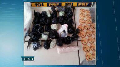 PRF apreeende grande quantidade de ecstasy e LSD em Chorozinho, no interior do CE - Drogas estavam na mochila de passageiro que seguia viagem para São Paulo.