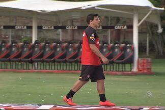Mais dois jogadores do Vitória são vetados para duelo decisivo contra o Santos - Confira as notícias do rubro-negro baiano.