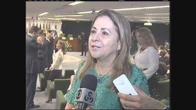 Presidente do TJAM recebe troféu em Brasília - A outorga do prêmio foi feita pelo senador amazonense Bernardo Cabral, em cerimônia no Supremo Tribunal Federal