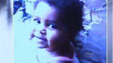 Polícia investiga morte de menina de 1 ano em Goiânia - Laudo aponta que criança morreu engasgada com um caroço de feijão.