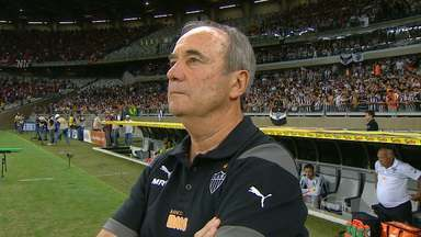 Levir Culpi renova com o Atlético-MG por mais uma temporada - Treinador que comandou o Galo nos títulos da Recopa e da Copa do Brasil em 2014, acertou sua permanência em 2015