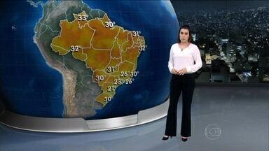 Temporais podem atingir boa parte do país nesta sexta-feira (5) - Os metereologistas alertam que, a partir da madrugada de quinta-feira (4) para sexta-feira uma forte chuva deve atingir o Rio de Janeiro. O Norte de São Paulo e grande parte de Minas Gerais podem também sofrer com o tempo ruim.