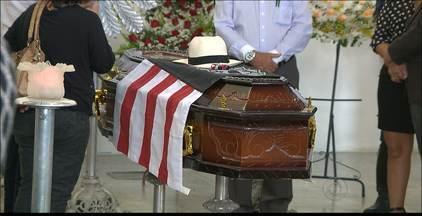Ex-prefeito Luciano Agra foi enterrado ontem em João Pessoa - Amigos e parentes prestaram homenagens ao ex-prefeito da Capital.