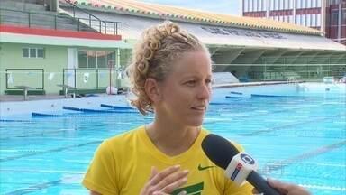 Yane Marques larga as férias para treinar de olho nas Olimpíadas - Repórter Sabrina Rocha aproveitou momento de folga da pentatleta para conversar com ela.