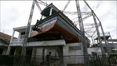 Fantástico volta à região da Indonésia mais destruída pelo tsunami 10 anos depois - Hoje, tudo melhorou, mas algumas marcas da tragédia vão continuar sempre na província de Átche, na Indonésia.
