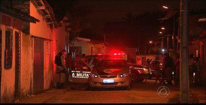 Homem de 46 anos é executado em churrasquinho na cidade de Bayeux - Segundo a polícia, a vítima não tinha envolvimento com drogas.