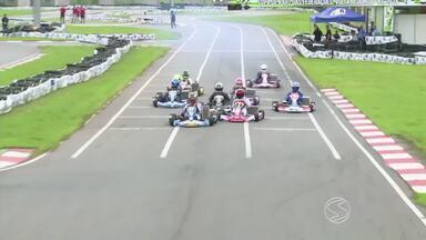 Comentarista faz balanço da Copa de Kart das Federações Rio Sul - Duas baterias finais da competição foram transmitidas ao vivo pela TV Rio Sul; provas foram realizadas no sábado (20), no Kartódromo Internacional de Volta Redonda.