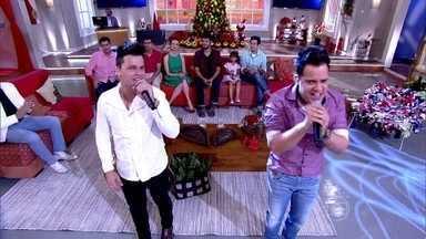 João Neto & Frederico cantam mais um de seus grandes sucessos - Dupla se apresenta no Encontro
