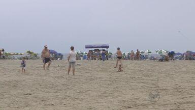 Confira como está o trânsito no litoral de São Paulo - Praias já começam a receber turistas para a passagem de ano.