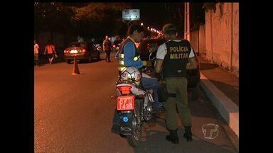 Detran e Polícia Militar intensificam fiscalização pelas ruas de Santarém - Abordagens são realizadas em diferentes horários e locais nesse fim ano.