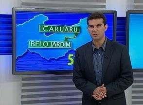 Homem é morto a tiros no Bairro Lagoa, em Belo Jardim - Ele estava dormindo no sofá da casa dele quando os disparos foram feitos.