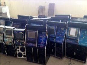 Máquinas irregulares são apreendidas pela operação Cantilena em Ipatinga - 20 máquinas jukebox apreendidas pela PC vão passar por perícia.